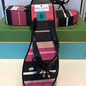 Kate Spade flip flops Sz 8 - new in box
